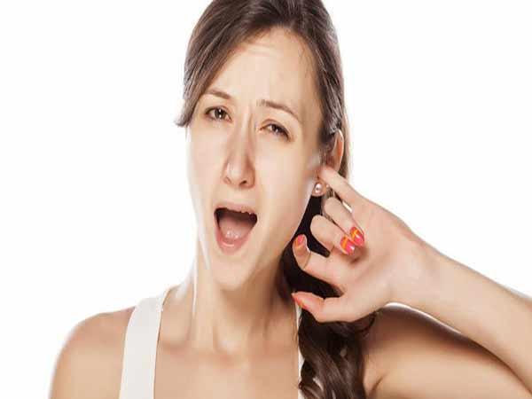 Vậy ngứa tai phải là điềm báo gì?